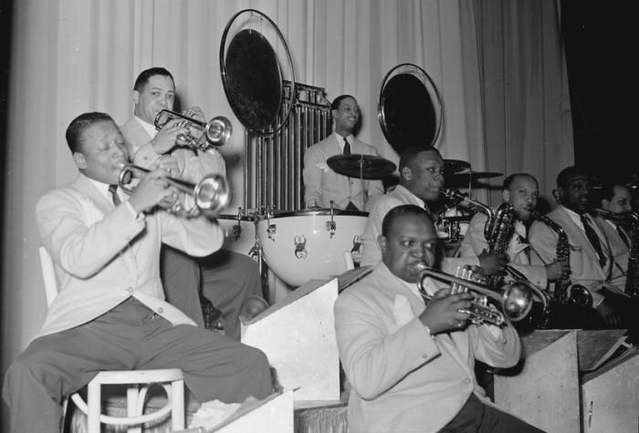 6. Duke Ellington at Fargo, 1940 Live