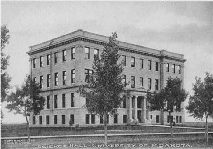 8. University of North Dakota Science Hall, 1907