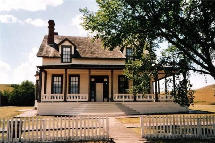 5. Fort Abraham Lincoln Custer House - Mandan, North Dakota