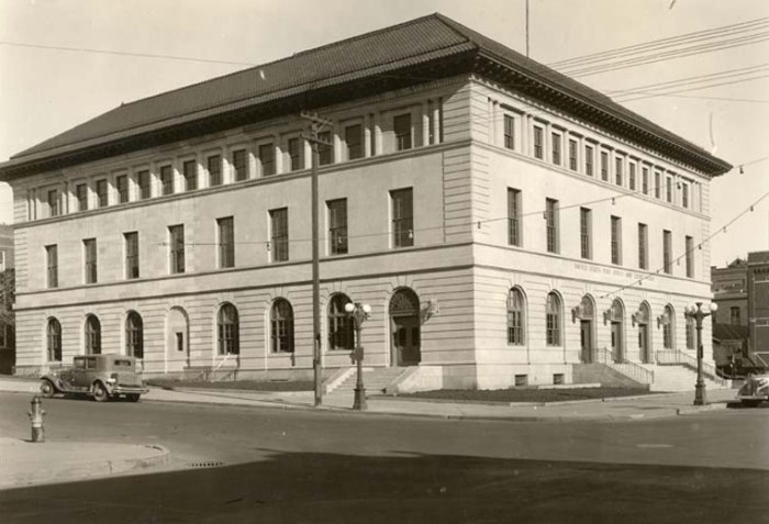 9. U.S. Post Office and Court House in Bismarck, North Dakota, 1913
