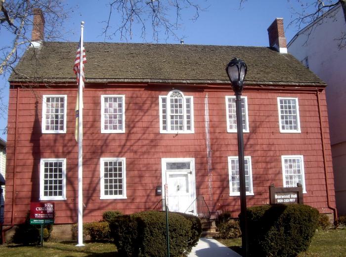 9. Boxwood Hall, Elizabeth