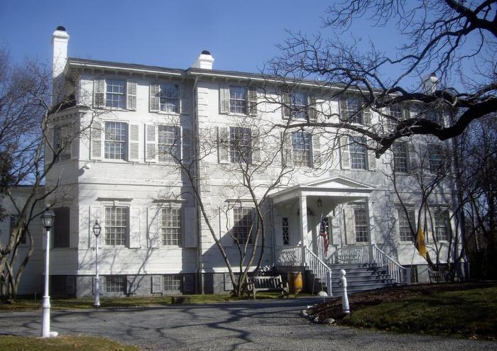 7. Liberty Hall, Elizabeth