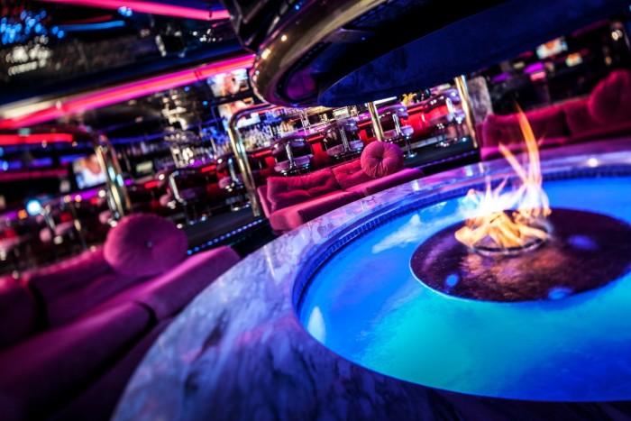 5. Peppermill Restaurant & Fireside Lounge - Las Vegas