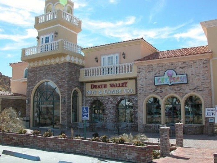 10. Death Valley Nut & Candy Co. - Beatty