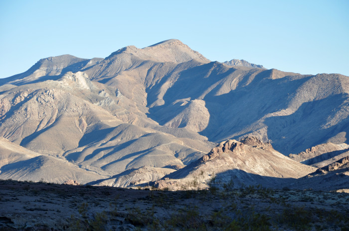 9. Nothing is more beautiful to you than Nevada's GORGEOUS mountain views.