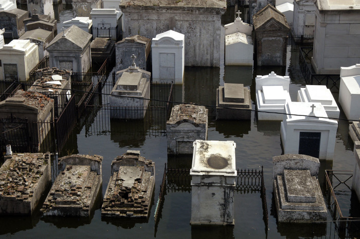 9) St. Louis Cemetery #1
