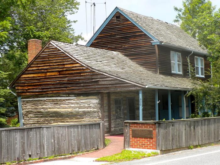 1. C.A. Nothnagle Log House, Gibbstown
