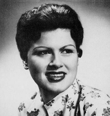 6) Patsy Cline