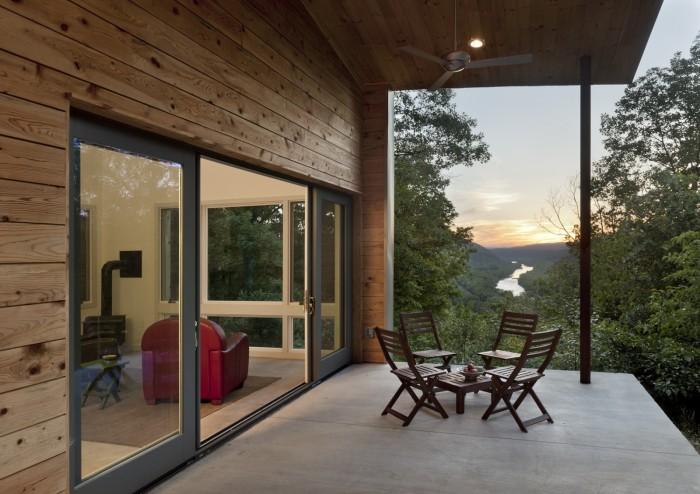 Ridgehouse_porch_dusk-fit-1600_1200