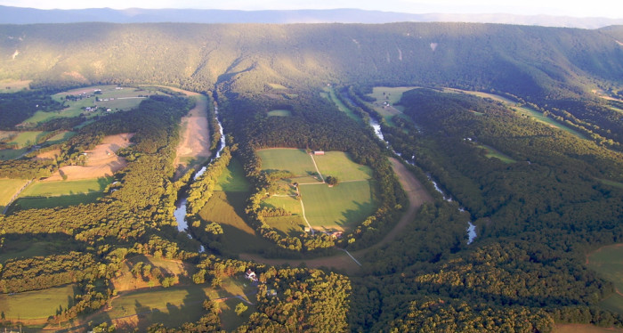 12. Breathtaking River Bends of the Shenandoah River