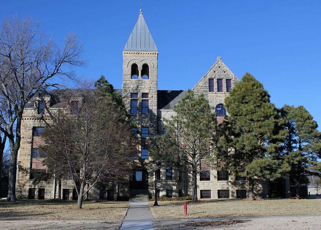 College Of Idaho >> 12 Things You'll Remember If You Grew Up In 1980s Kansas