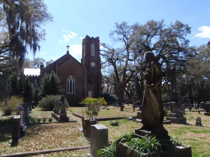 1) Grace Episcopal Church and Cemetery, St. Francisville, LA