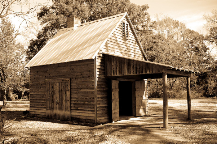 9) What a timeless barn.