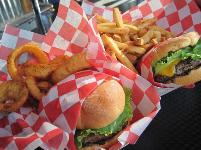 4) Teddy's Bigger Burgers