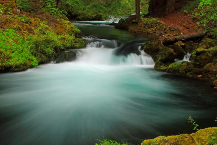 2) Umpqua River
