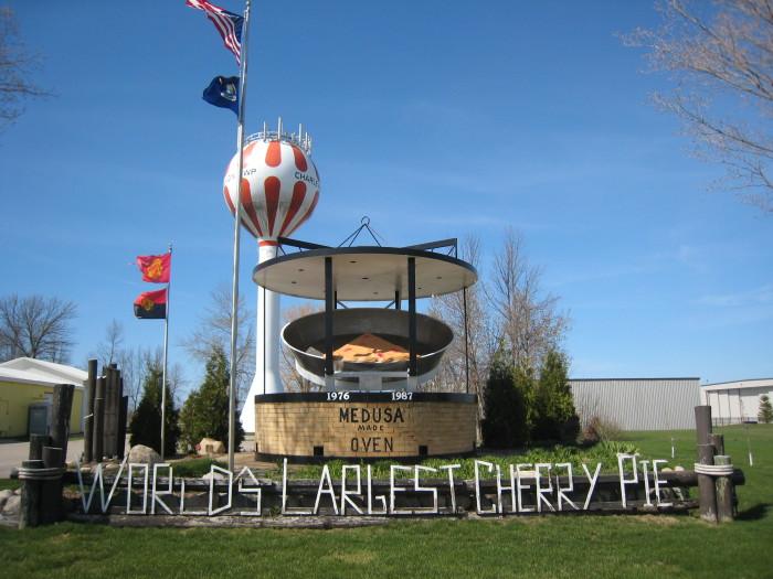 1) World's Largest Cherry Pie Pan, Traverse