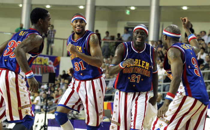 3. Seeing the Harlem Globetrotters.