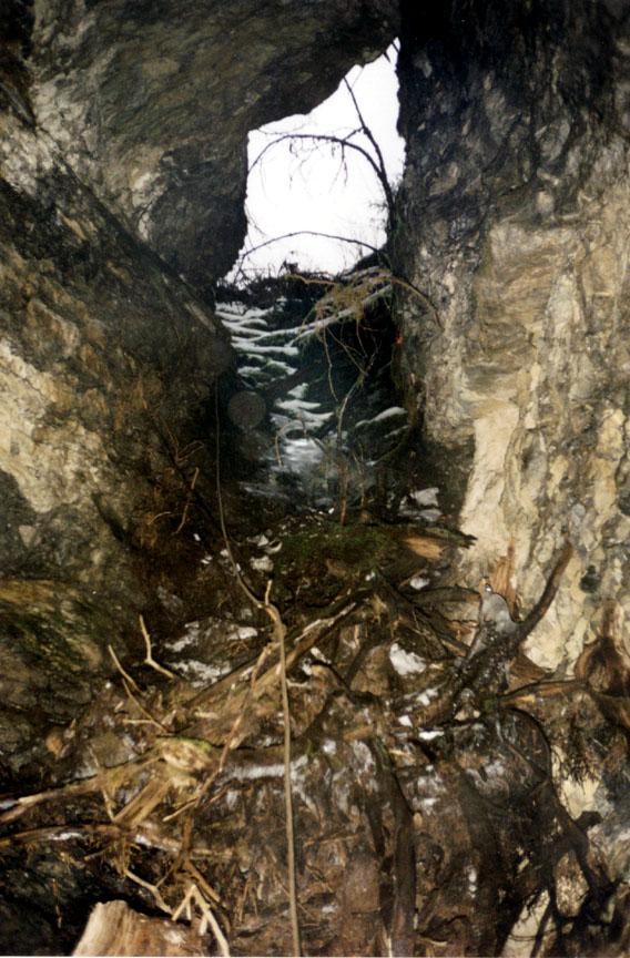 7) Zina Cave