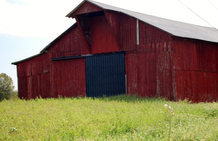 4. This bright red barn