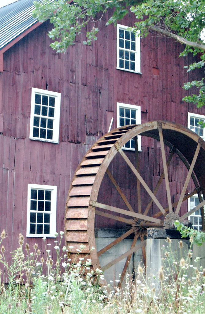12 Stunningly Beautiful Old Barns In West Virginia