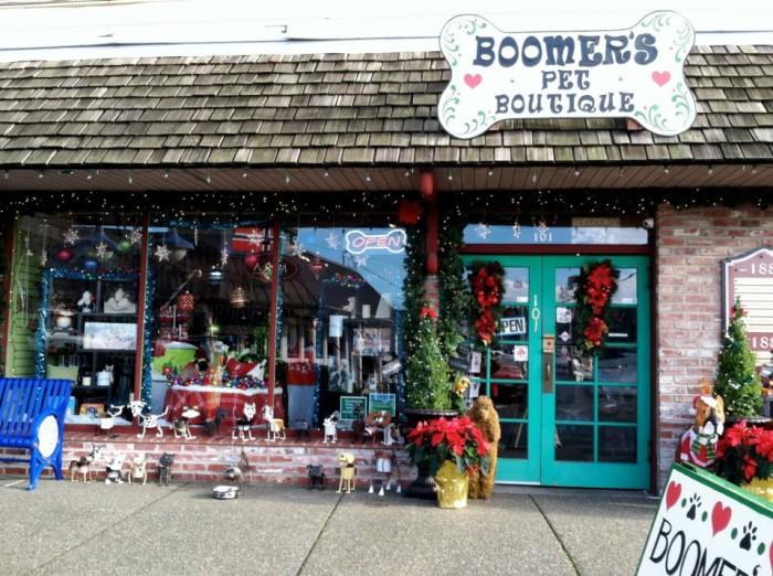 2. Boomer's Pet Boutique, Poulsbo