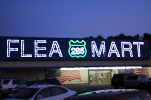 8) 285 Flea Market - 4525 Glenwood Rd, Decatur, GA 30032 Regular Hours Mon 10:00 am - 7:00 pm Tue Closed