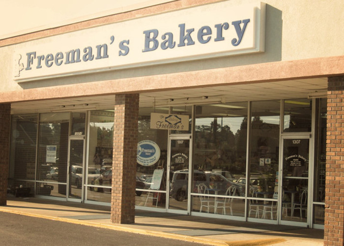 11. Freeman's Bakery, 1307 2nd Loop Rd, Florence, SC 29505