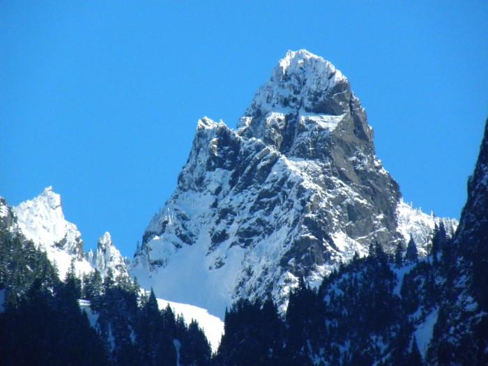 1. Gunn Peak