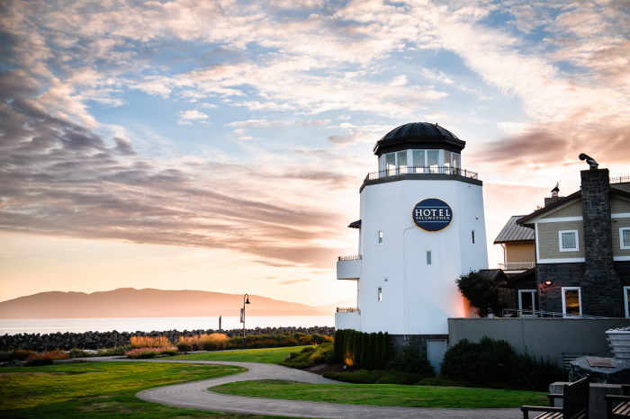 1. Hotel Bellwether Lighthouse - Bellingham