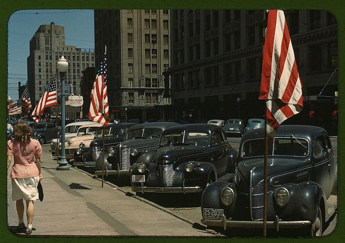 A Lincoln Street in 1942