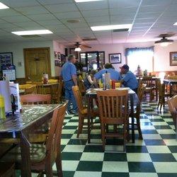 8. Deano's BBQ, Mocksville