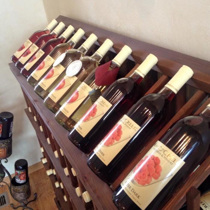 Mac's Creek Winery & Vineyards, Lexington