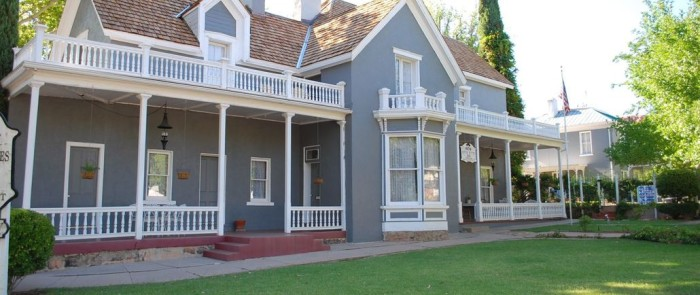 2) Seven Wives Inn, St. George