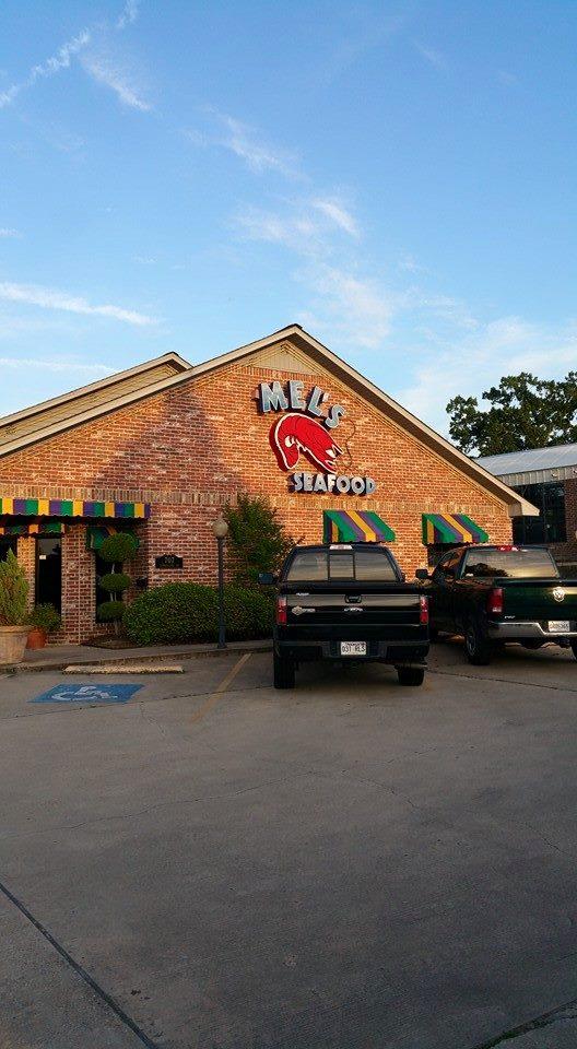 9. Mel's Seafood Restaurant