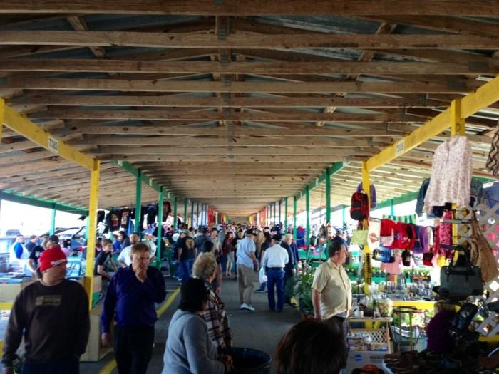 1) Bussey's Flea Market (Schertz)