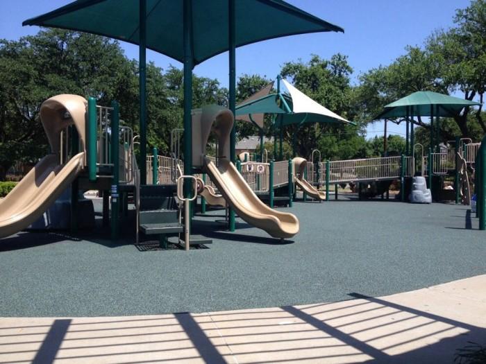 3) Northcrest Park (Dallas)