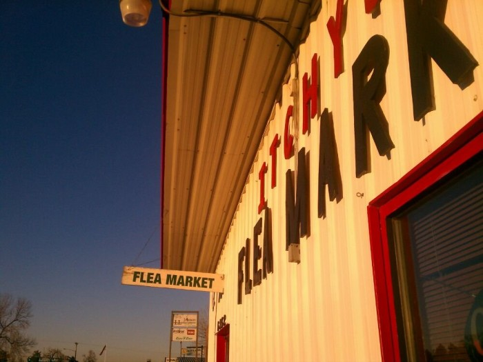 4.) Itchy's Flea Market (Fort Collins)