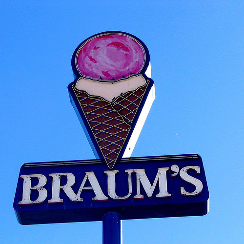 1. Braum's Ice Cream and Dairy- Anyone in Oklahoma knows you can find a Braum's in almost every town.  They make some of the best ice cream in the world and use fresh milk and cream from their own dairy herd.