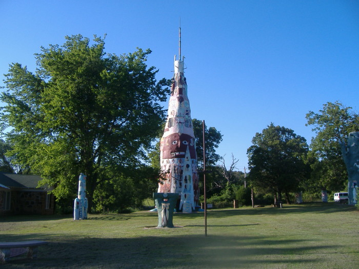3. Find the world's largest concrete totem pole in Foyil, OK. It stands at 60 feet tall and 30 feet around.