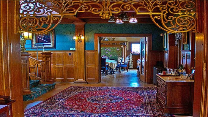 6. Brumder Mansion Bed and Breakfast (Milwaukee)