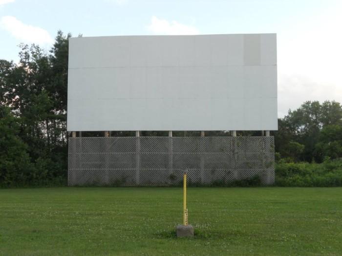 4. Big Sky Drive-in Theater (Wisconsin Dells)
