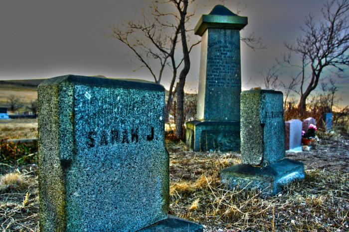 8) Pleasant Green Cemetery, Magna
