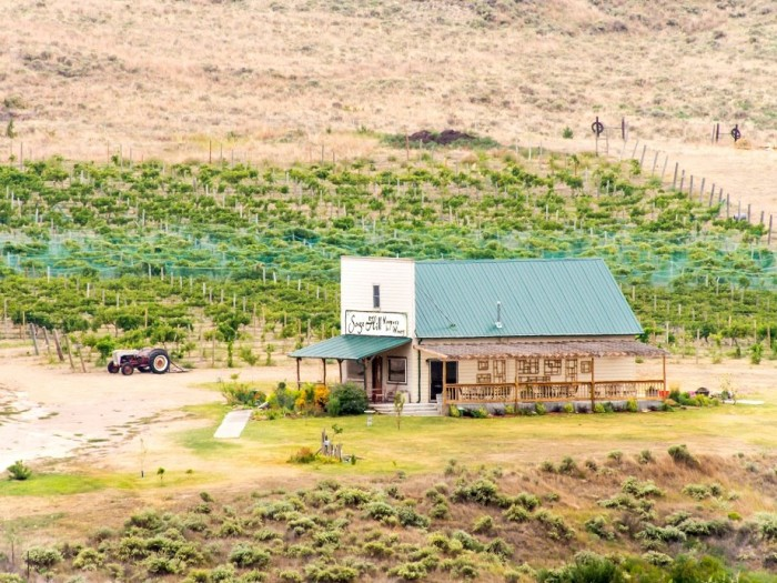 Sage Hill Vineyard and Winery, Parks