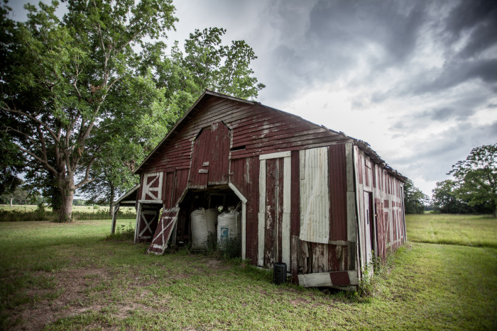 2) Beautiful barn against storm clouds.