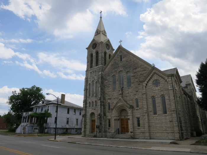 10 Stunning Churches In Illinois That Will Leave You