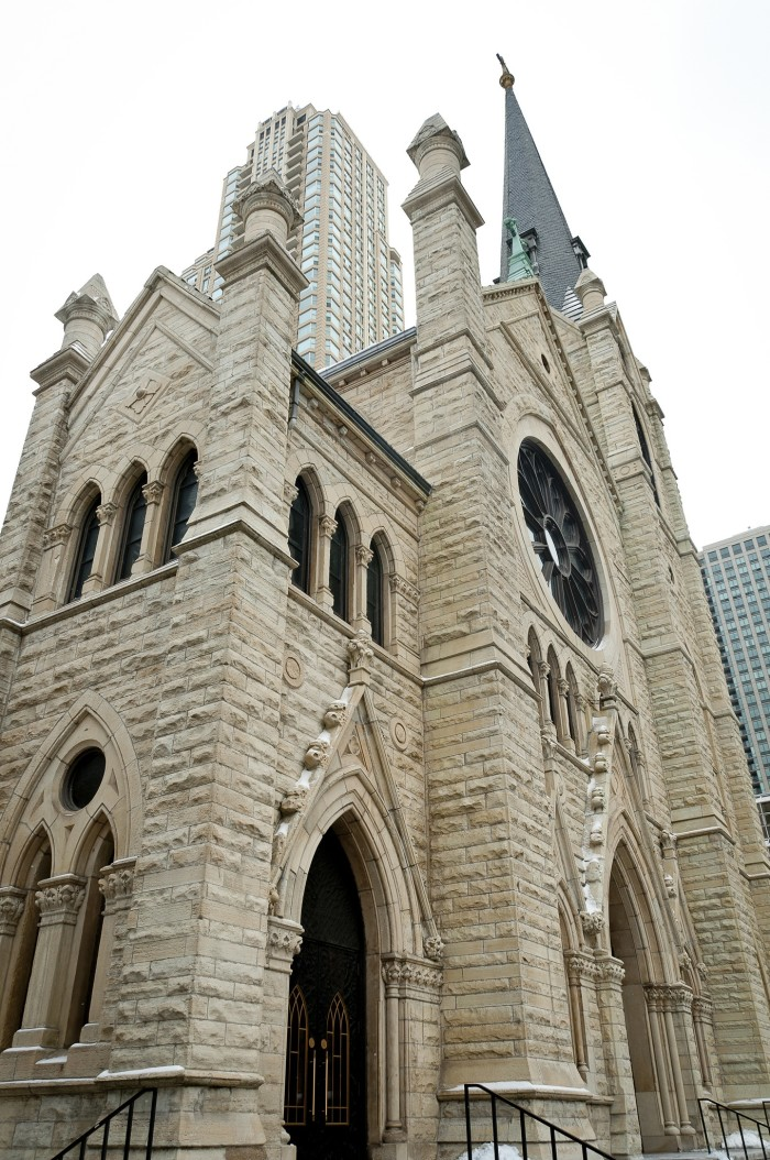 7. Holy Name Cathedral (Chicago)