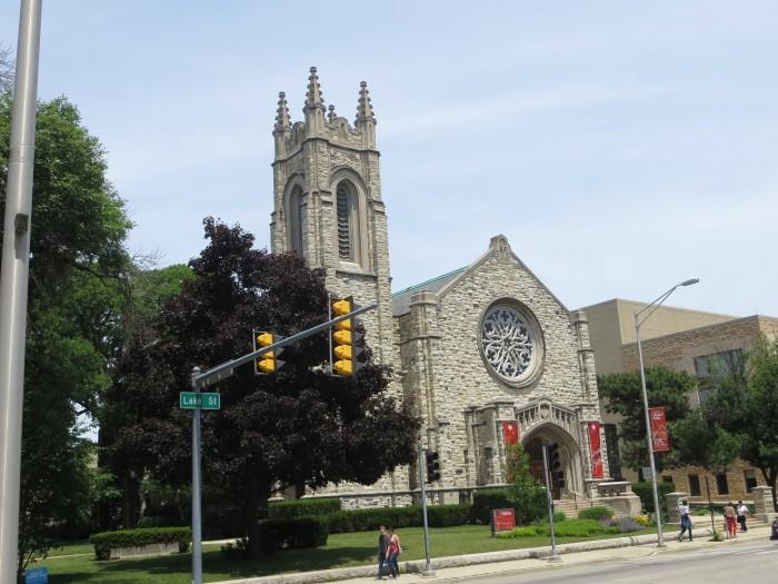 8. First United Church (Oak Park)