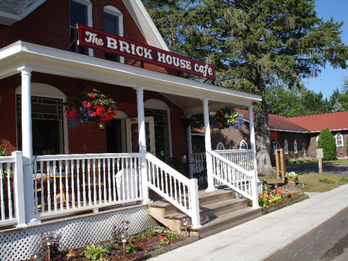 4. The Brick House Cafe (Cable)