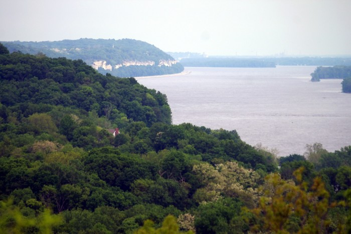 8. Alton Bluffs
