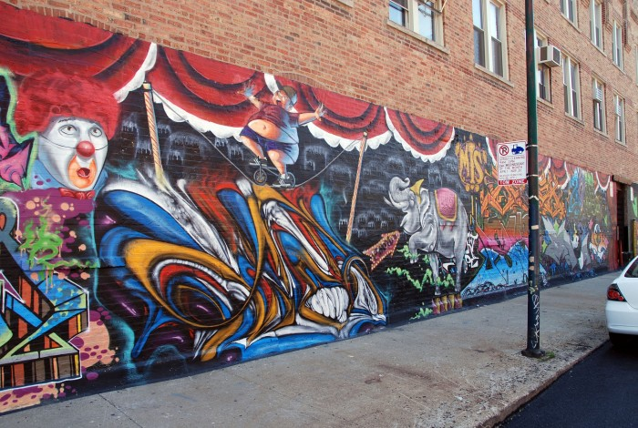 This Chicago street art is the stuff nightmares are made of...but still awesome